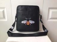 定番にこそ上質グッチ バッグ コピーメッセンジャバッグコピーGUCCIスーパーコピービジネス蜂刺繍スーパーコピー軽量ビジネス
