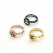 CHANELリングスーパーコピー2018新作新品シャネル指輪コピーロゴ付き誕生日記念日贈り物可愛めリボン指輪簡潔