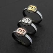 CHANELレディースリング メンズリングコピー2018年トレンドシャネル指輪男女兼用ロゴ付きリングスーパーコピー目を引き相性抜群プレゼント