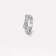 CHANELスーパーコピー結婚指輪コピー胡蝶の型J3413リュバンドゥシャネルリングコピーホワイトゴールドダイヤモンドエレガント可愛いさ