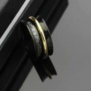2018年トレンドティファニークラシックバンドリングスーパーコピー新作追加Tiffany & Co.指輪男女兼用コピー刻印ロゴ人気商品