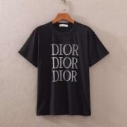 完売続出の大人気 Dior半袖tシャツコピー 着心地の良い素材 ディオール スーパー コピー 大活躍アイテム 現地価格がお得 相性抜群